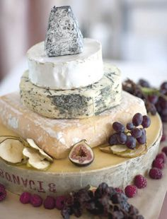 rustic cheese wedding cake to wow your guests
