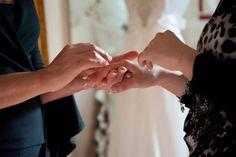 La mia ESPERIENZA PROFESSIONALE ti seguirà ,nella scelta dell'abito. Come avere una corretta postura , come assumere un regale portamento con l'abito, il velo ed il bouquet. Un apporto psico/emozionale per un sostegno emotivo.La preparazione per una naturale posa fotografica.La scelta del miglior trucco per valorizzare la sposa. Lezioni di Walzer per un ballo di nozze indimenticabile. Varie proposte per un addio al nubilato all'insegna del Glamour da condividere con le amiche del cuore.