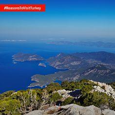 Причина відвідати Туреччину: колір кришталево-чистих бухт та пляжів залишаться у вашій пам'яті назавжди.