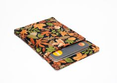 New to Chockrosa on Etsy: Credit card wallet - Minimalist wallet - Slim business card holder - Business card holder - Leaves Black Brown Green