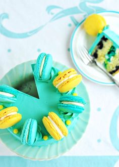 Lemon-Blueberry Macaron Delight Cake/ 24 of the best Macroon recipes!