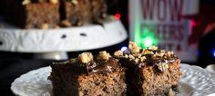 Καρυδόπιτα με Σοκολάτα και Καραμελωμένα Καρύδια Desserts, Food, Tailgate Desserts, Deserts, Essen, Postres, Meals, Dessert, Yemek