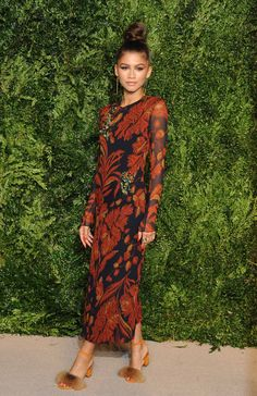 Zendaya wore a Thakoon dress and Brother Vellies shoes to the CFDA/Vogue Fashion Fund 2015 award dinner