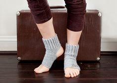 Download PDF crochet pattern b009 - Women Yoga socks, ballet, jazz, dance socks, leg warmers