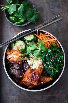 Korean-Style Seoul Bowl- with Gochujang baked Tempeh, steamed veggies, kimchi and pickled cucumber- a healthy vegan version of Bibimbap! | www.feastingathome.com #bibimbap #vegan