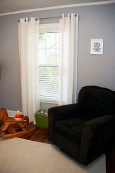 Sherwin Williams Morning Fog Walls Shaw Carpet In Color