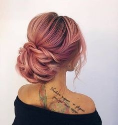 Interlocking Boho Bun under High Pompadour hair updates bridal . Trending Hairstyles, Unique Hairstyles, Up Hairstyles, Hairstyle Ideas, Braids With Curls, Braids For Long Hair, Under Hair Color, Cabelo Rose Gold, Fishtail Braid Hairstyles