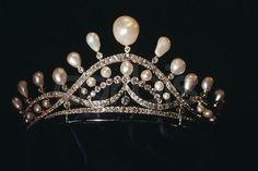Pearl tiara of the Counts of Paris