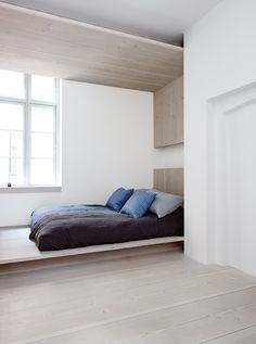 Dinesen Home bedroom