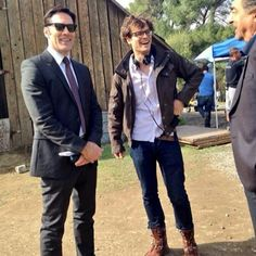 Matthew Gray Gubler directing an episode of Criminal Minds, with wonderful co-stars, Thomas Gibson(Hotch) & Joe Montegna(Rossi)