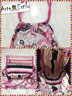 Garota eu vou pra Califórnia... Descrição:  Bolsa de jacquard  rosa com bolso interno e botão de pressão.  Imagina ganhar essa bolsa de presente e depois desfilar com ela na praia?! ☀️