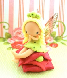 Hey, I found this really awesome Etsy listing at https://www.etsy.com/listing/252735464/fairy-figurine