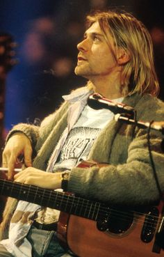 Kurt Cobain #Nirvana MTV Unplugged in New York (1993)
