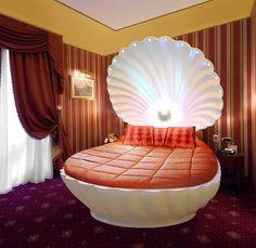 Venus Loves Virgo: VENUS CLAMSHELL LUXURY BEDS