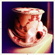 Tea hat.... Love love love!!!