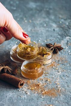 3 Fall Lip Scrubs You Can Make Right Now | http://helloglow.co/fall-lip-scrubs/