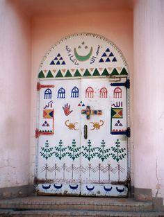 """nubiaat: """" Traditional Nubian door باب عليه زخارف نوبية تقليدية """""""