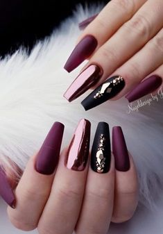 51 Stylish Acrylic Nail Designs for the New Year 2019 Christmas Acrylic Nails; 51 Stylish Acrylic Nail Designs for the New Year 2019 Christmas Acrylic Nails; Fall Acrylic Nails, Acrylic Nail Designs, Nail Art Designs, Blog Designs, Cute Nails, Pretty Nails, Nagel Gel, Gel Nails, Coffin Nails