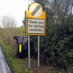 Funny pictures about Irony at its finest. Oh, and cool pics about Irony at its finest. Also, Irony at its finest. Oh The Irony, Funny Road Signs, Funny Thank You, Along The Way, Yolo, Funny Photos, Funny Images, Funniest Pictures, Hilarious Pictures