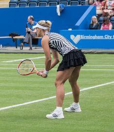 Cameltoe kerber Serena Williams