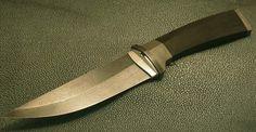 A hunter with handle of steel from an Estonian knife maker, Tõnu Arrak (Böhler E 200 with C 0.14%) silver and ebony. http://arrak-knives.edicypages.com/et