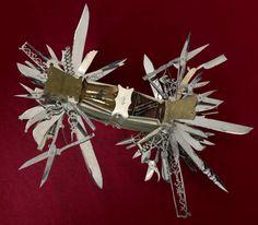 ancetre du couteau suisse a 100 fonction 3   Lancêtre du couteau suisse   100 fonctions   vintage steampunk pistolet photo image couteau sui...