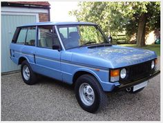 Rare 2 Door Range Rover In Vogue Special Edition SOLD on Car And Classic UK We had one of these 'in vogue' Rangies in the l… Range Rover Classic, Range Rover 1970, Range Rovers, Landrover Range Rover, Range Rover Evoque, Luxury Car Brands, Luxury Suv, Ranger, 4x4