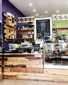L U M I A N T ☾ : Photo Coffee Shop Counter, My Coffee Shop, Coffee Bar Home, Coffee Store, Coffee Shop Design, Cafe Design, Bakery Decor, Bakery Interior, Restaurant Interior Design