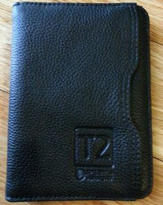 Perth Airport T2 presentation wallet by Cutter & Buck