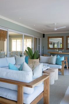 If you like a little style mixed in with your sea and sand on a beach holiday, Zinkwazi Laguna is for you. Kwazulu Natal, Outdoor Furniture Sets, Outdoor Decor, Beach Holiday, Rental Property, Pools, South Africa, Decorating Ideas, Vacation