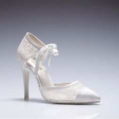 special offwhite material with pearl wedding shoes
