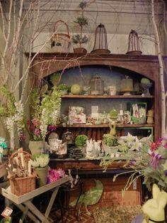Pretty spring time display courtesy of Brambly