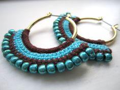 crochet earrings by wanting Crochet Jewelry Patterns, Crochet Earrings Pattern, Crochet Accessories, Crochet Necklace, Jewelry Crafts, Jewelry Art, Beaded Jewelry, Handmade Jewelry, Beaded Bracelets