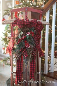 Checkered bow doesn't reek of Christmas - would work throughout winter season.
