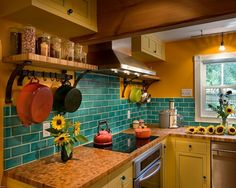 Kitchen Decor Unique Decorate Kitchen What Color Paint Cabinets Room Decor Design Images Decorating Ideas House Decoration Contemporary Small Space Home With Contrast Painted Color Decor Kitchen Painting Concepts for Creative Improve Model