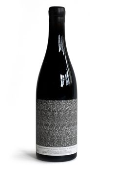 """A stereogram or """"magic-eye"""" wine label created for Fratelli Paradiso's first wine, a natural red."""