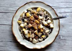 Kasza gryczana niepalona z gruszką i orzechami Cereal, Oatmeal, Breakfast, Desserts, Food, The Oatmeal, Morning Coffee, Tailgate Desserts, Deserts