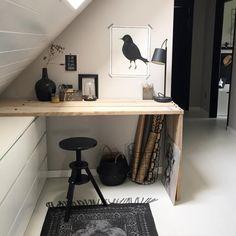 Gezellige avond X - New Deko Sites Loft Room, Bedroom Loft, Attic Bedrooms, Room Paint Colors, Attic Spaces, Spare Room, New Room, Interior Design Living Room, Room Inspiration
