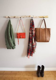 DIY Driftwood Coat Hanger
