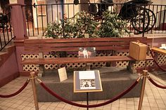 Forrest Gump's bench in The Savannah History Museum...I remember driving around forever with @Jessica Baker and @Jennifer Troester looking for this bench!!! LOL