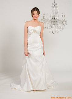 Avant Mariee Wedding Dress  9105 Zelina