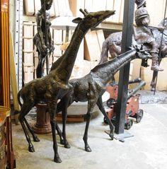 Pair Large Bronze Giraffes Giraffe Animal Casting Sculpture