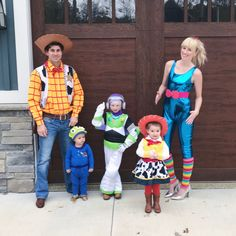 Matching Family Halloween Costumes, Toy Story Halloween Costume, Disney Family Costumes, Toy Story Costumes, Disney Halloween Costumes, Cute Costumes, Halloween Outfits, Costume Ideas, Happy Halloween