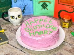I am a huge Potterhead so I baked Harry Potter's Birthday cake even if his birthday is long gone! And it tastes delicious! Baking Ideas, Baking Recipes, Cake Recipes, Dessert Recipes, Desserts, 7th Birthday, Birthday Cakes, Birthday Ideas, Birthday Parties