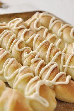 Cinnamon Sugar Breadsticks with Cream Cheese Drizzle
