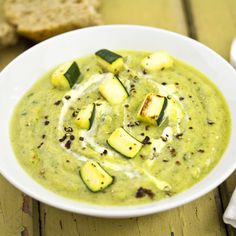 Cooking Recipes, Healthy Recipes, Vegan Dishes, Cheeseburger Chowder, Hummus, Good Food, Ethnic Recipes, Kitchen, Chili Con Carne