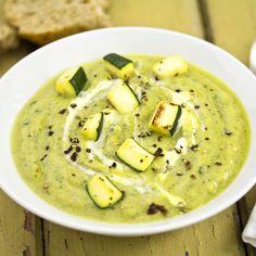 Supă cremă de dovlecel Cooking Recipes, Healthy Recipes, Vegan Dishes, Cheeseburger Chowder, Hummus, Good Food, Ethnic Recipes, Kitchen, Chili Con Carne