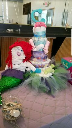 Diaper cake and mermaid for Conor Rae 😍
