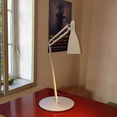 With a fitting name the Looksoflat table lamp by Ingo Maurer has both form and function. Desk Lamp, Table Lamp, Ingo Maurer, Design Your Home, Home Lighting, Contemporary, Modern, Objects, Mid Century