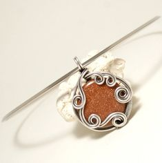 25+ unique Wire wrapped pendant ideas on Pinterest   Wire wrapped ...